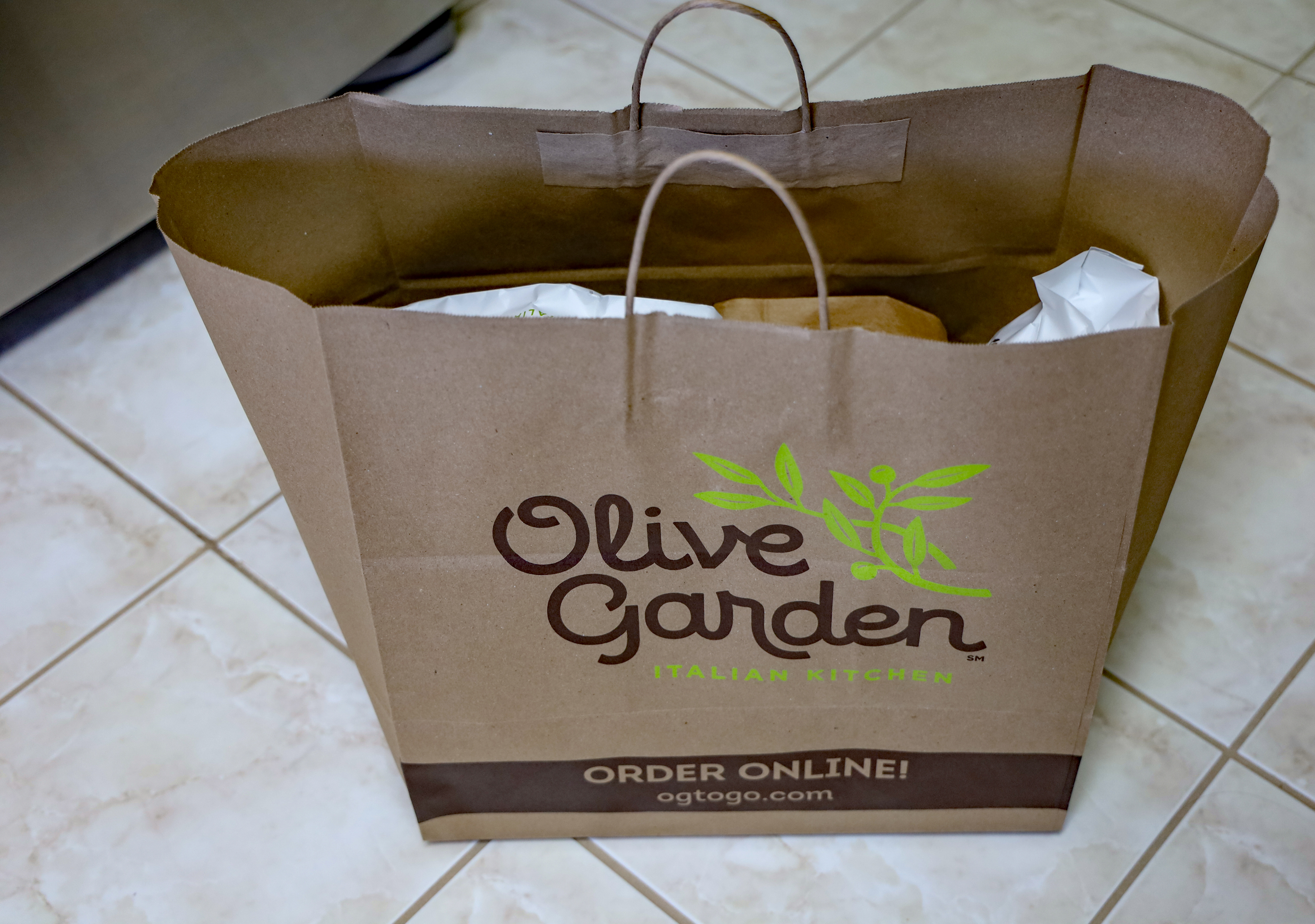 food service market research olive garden to go